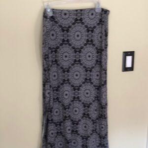 BOGO FREE stretchy black white mandala maxi skirt